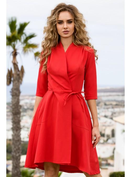 Raudona surišama suknelė