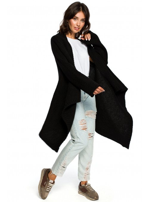 Juodas asimetriško kirpimo megztinis