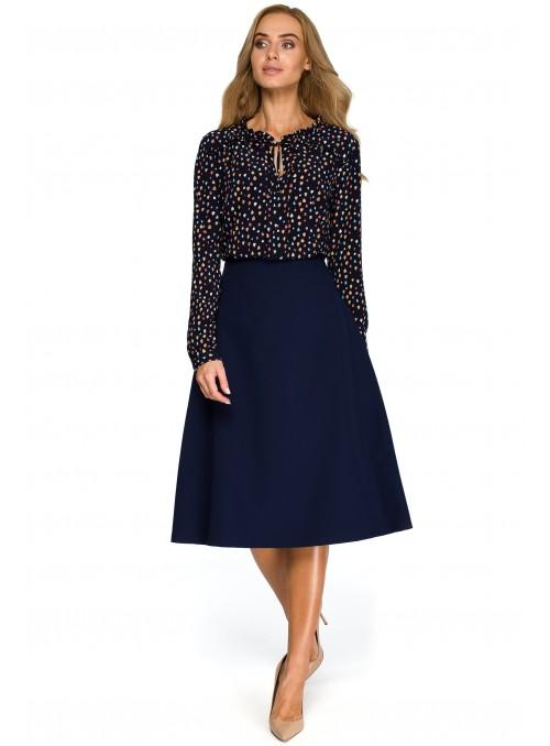 Juodas klasikinis sijonas
