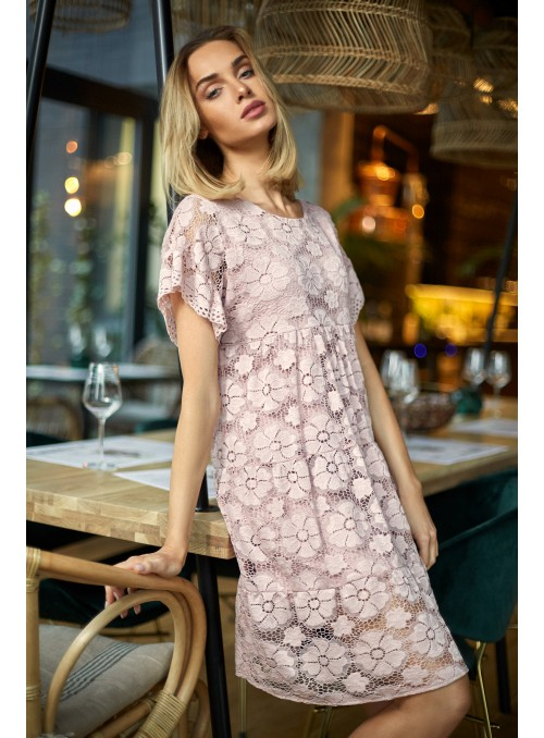 Pilka suknelė su nėriniais