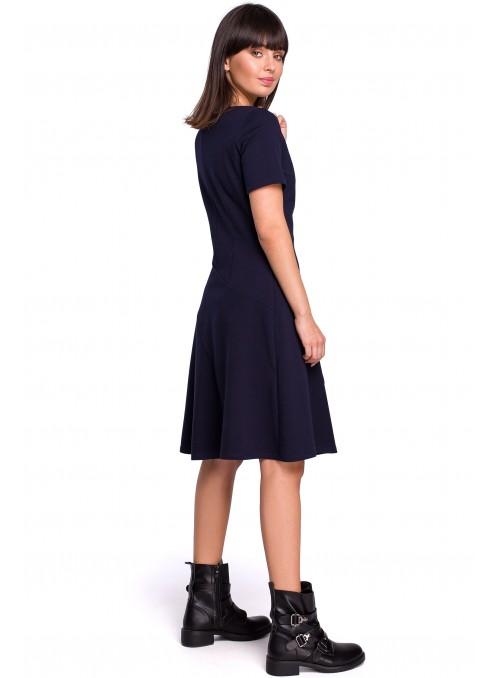 Tamsiai mėlyna suknelė