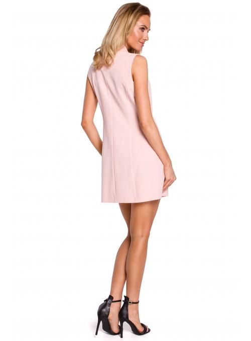 Juoda stilinga suknelė