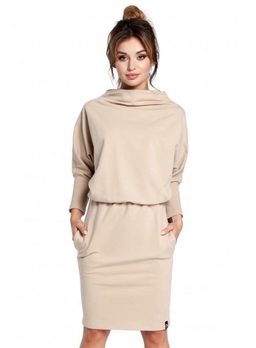 Rusva suknelė su originalia apykakle