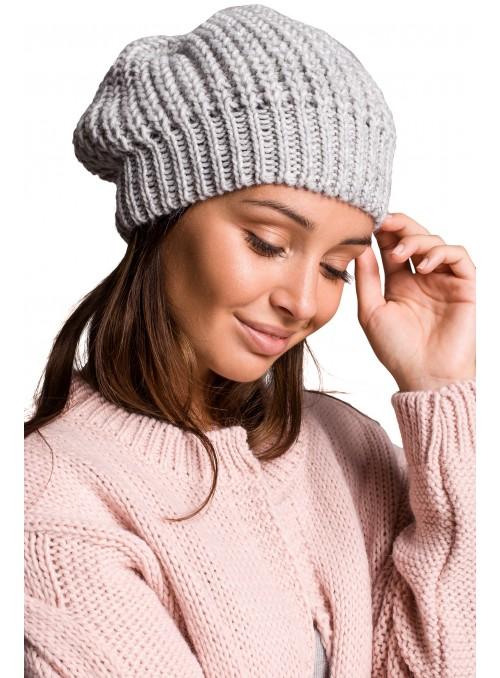 Balta beretė